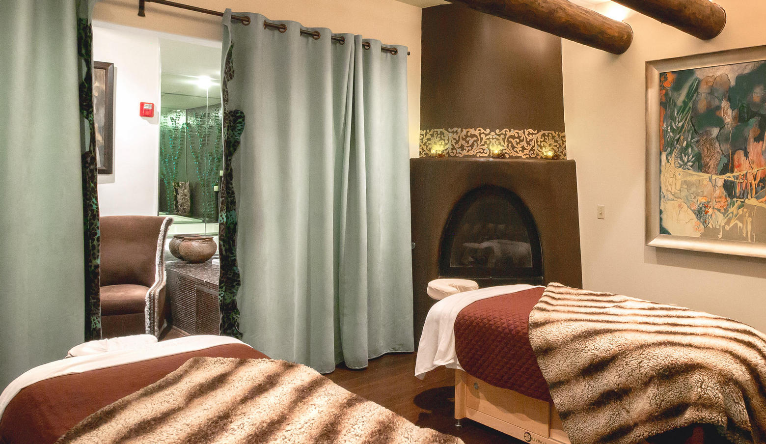 The Living Spa Massage Room